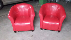 2 red leather armchair 40 $ each