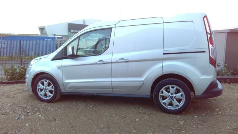 4846041389 Ford Transit Connect 1.6TDCi L1 Limited