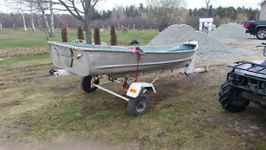 12 FOOT CAR TOPPER, 6 HP EVINRUDE MOTOR