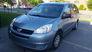 2004 Toyota Sienna CE,7 passenger, Air conditioning