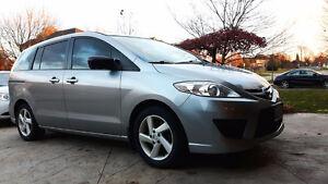 2010 Mazda 5 GS Minivan, Van