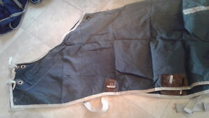 Big d sheet navy blue size 76 very good condition clean