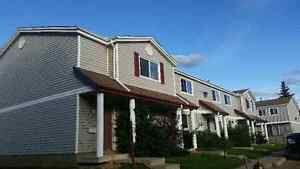 Save $2400, 3 bedroom townhouse for rent, Century Park