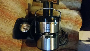 Jack La Lannes Power Juicer London Ontario image 3