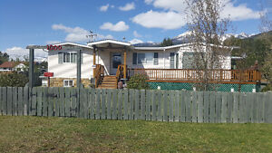 NEW PRICE!  Large family home in Beautiful Valemount BC