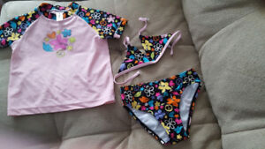 Girls 3 Piece Swimming Suit: Size 5