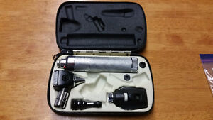 Welch Allyn Rechargeable Opthalmoscope/Otoscope Set