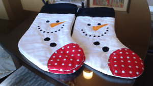 Snowman Stockings and Round Table  Cloth