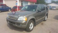 2002 Ford Explorer XLT SUV, LOW KMS!!