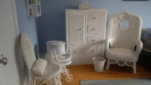 Meubles en rotin blanc / Various white Rattan furniture