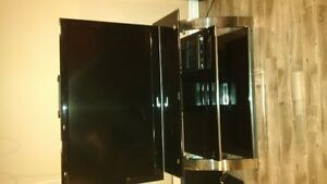 """SOLD         Samsung 46"""" LCD TV and Stand Reduced"""