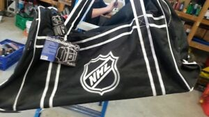 NHL Wheeled Hockey bag