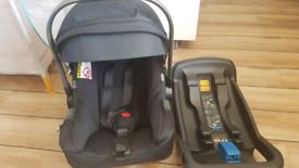 Nuna car seat / carrier