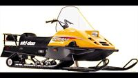 Looking for small ski-doo for kid !