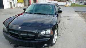 2007 Dodge Charger 4X4 AWD (tres rare) 5.7 Litres