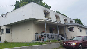 8-plex à/in Stanstead -  for the price of a duplex WOW!!