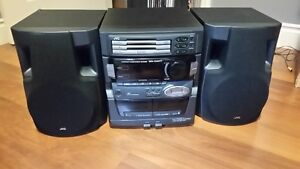 Stereo system with lots of CDs