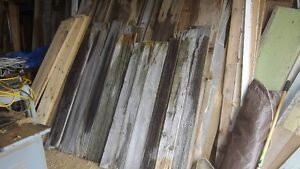 BARN BOARD,GREY WEATHERED AND BROWN INTERIOR BOARD