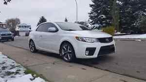 2010 Kia Forte Koup SX **FULLY LOADED**