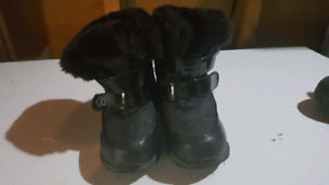 Size 10 OshKosh winter boots