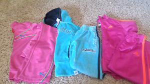 Brand name track suit lot size 4\5