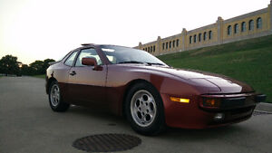 5 Speed 1986 Porsche 944 - Very Clean - ~86000kms