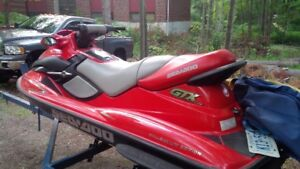 2001 Bombardier Seadoo GTX 3 seater very low hrs $4000 OBO