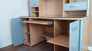 MOBLER Desk/hutch