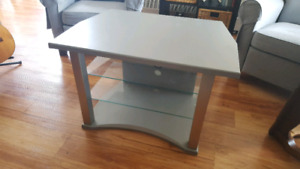 Tv / entertainment table