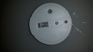 2 almost new battery operated smoke detectors