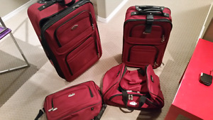 Luggage set like new used once  Cambridge  Brand  Good condition