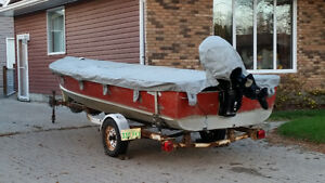 18 foot Lund w/60 HP Merc For Sale