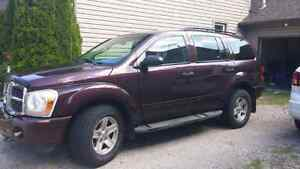 2004 Dodge Durango *7 seater