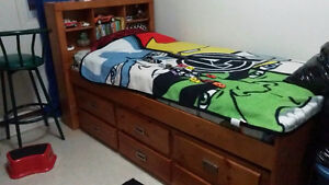 Oak trundle bed, not mattress included