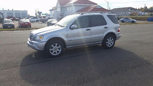 2003 Mercedes-Benz M-Class Ml350 SUV, Crossover
