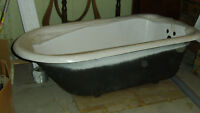 *NEW* Cast Iron clawfoot bathtub with new fixtures