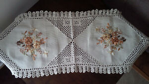 Unique New Table Runner - for sale ! Kitchener / Waterloo Kitchener Area image 1
