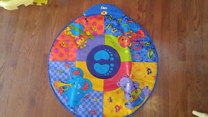 Jolly jumper activity mat