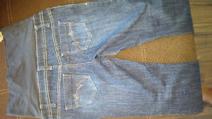 TWO (2) THYME MATERNITY JEANS Cambridge Kitchener Area image 2