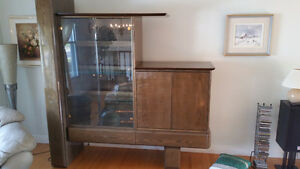 Display / Storage cabinet West Island Greater Montréal image 1