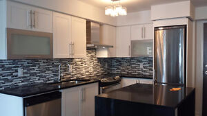 1 MICHAEL POWER - 2 bedrooms,2 washrooms - PRIVATE SALE BY OWNER