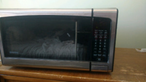 Danby stainless large microwave 1000 watts works great