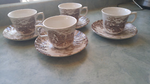"""4 beautiful vintage Staffordshire Ridgway """"Country Days"""" porcela"""