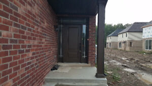 ***HOUSE FOR RENT IN NIAGARA FALLS***
