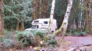 "Wanted!! Bigfoot or Northern Lite 6'10"" Camper for import trucks"