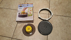 Bagel slicer with box