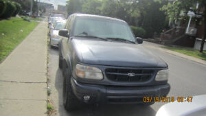 4X4 Ford Explorer 2000 for sale $1750 !!!
