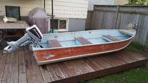 12 FOOT SPRINGBOK ALUMINUM BOAT WITH 7.5 HP EVINRUDE OUTBOARD