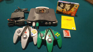 Nintendo 64 N64 Console with 2 Controllers ++ Goldeneye