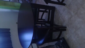 Table and 4 stools for sale good condition